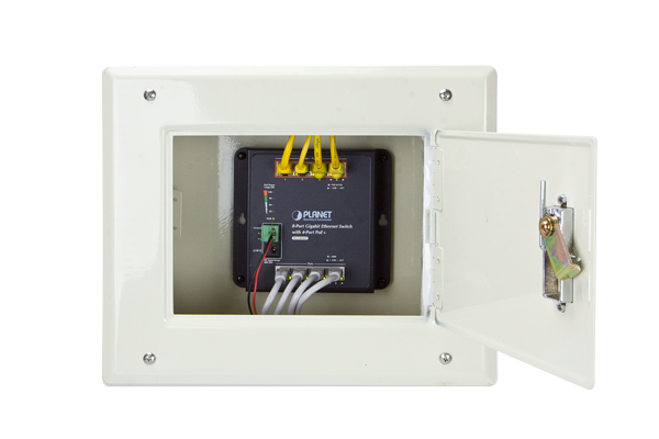 centralized power for small ethernet networking the wgs804hp provides four poe ports that combine up to 120 watts of power output budget for